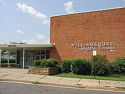 Williamsburg Middle School (via Wikimedia)