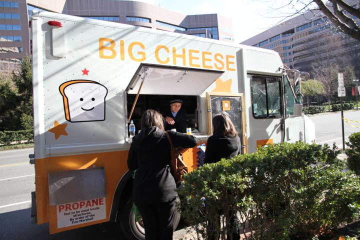 Big Cheese Truck Makes Crystal City Debut Arlnowcom