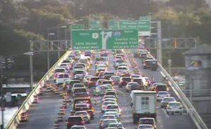 Traffic on the 14th Street Bridge (7/14/11)