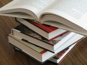Books (file photo)