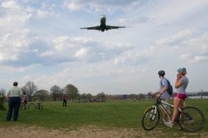 Plane landing at Reagan National Airport, as seen from Gravelly Point (photo by Alex)