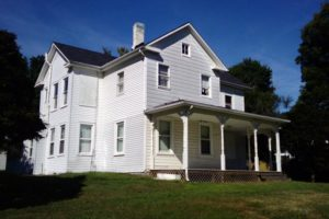Reeves farmhouse (image courtesy Arlington County)