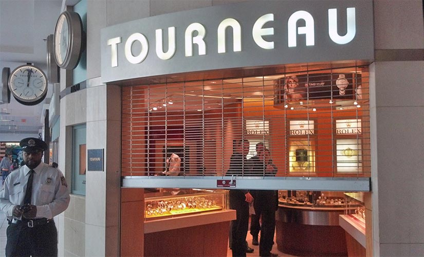 a smash and grab robbery at the tourneau store at pentagon city mall on 3