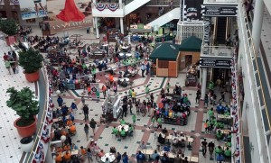 Crowds of shoppers at Pentagon City mall (file photo)