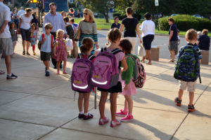 Students going back to school (file photo)