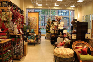 Pier 1 Imports opens