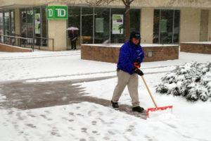 Snowstorm hits Arlington 1/21/14