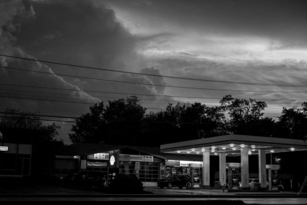 Glebe Road storm clouds (Flickr pool photo by Wolfkann)