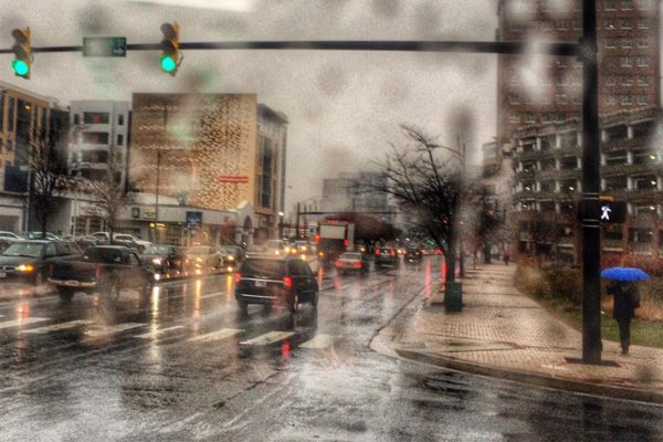 Rainy morning on Glebe Road in Ballston (Flickr pool photo by Dennis Dimick)