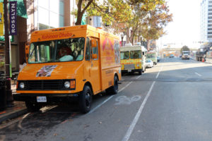 Food trucks on N. Lynn Street in Rosslyn