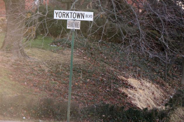 An older Arlington street sign