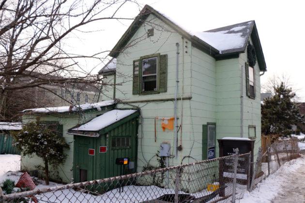 4210 Washington Blvd, to be demolished this spring