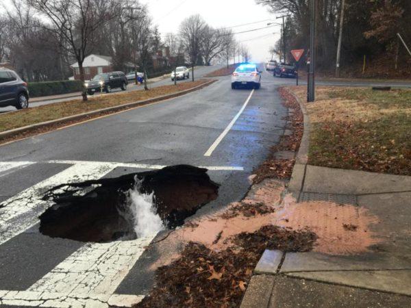 Sinkhole on Williamsburg Blvd (photo via ACPD)
