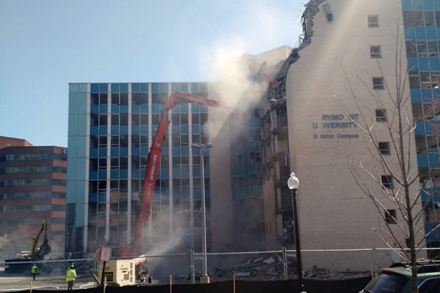 The Blue Goose building in Ballston being torn down April 6, 2015 (photo via @RahulG86)
