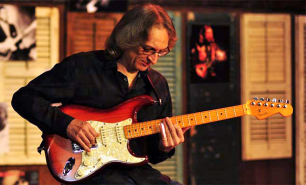 Sonny Landreth performing (photo courtesy CPRO)