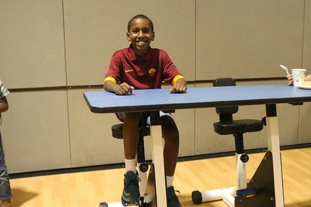 Oakridge Elementary Gets Desks With Pedals To Help Fidgety Kids Learn