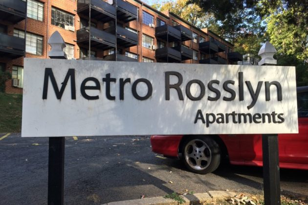 Metro Rosslyn Apartments