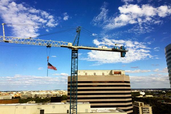 Crane on a blue sky in Rosslyn (Flickr pool photo by Mrs. Gemstone)