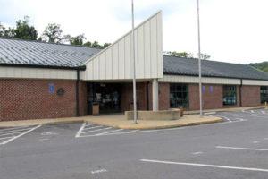 Virginia DMV office on Four Mile Run Drive (photo via Commonwealth of Virginia)