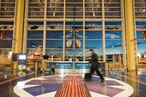 Early flight at Reagan National Airport (Flickr pool photo by Kevin Wolf)