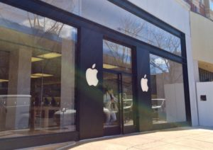 Clarendon Apple Store
