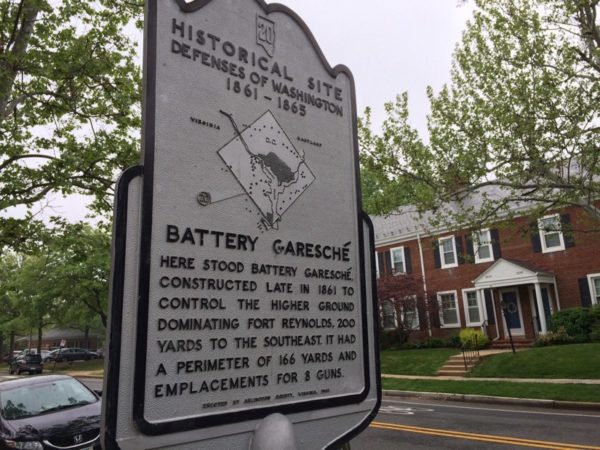 Historic marker in Fairlington
