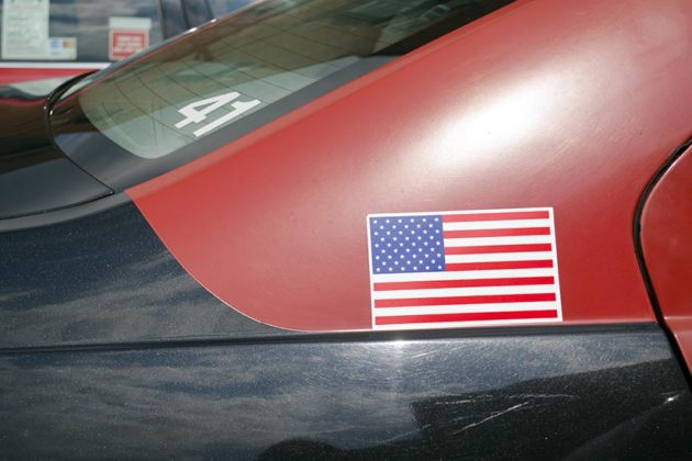 Flag on a taxi in Clarendon