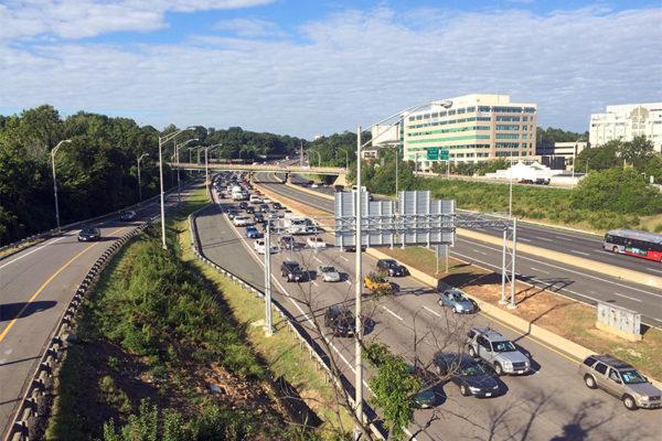 Traffic on I-395 near Shirlington