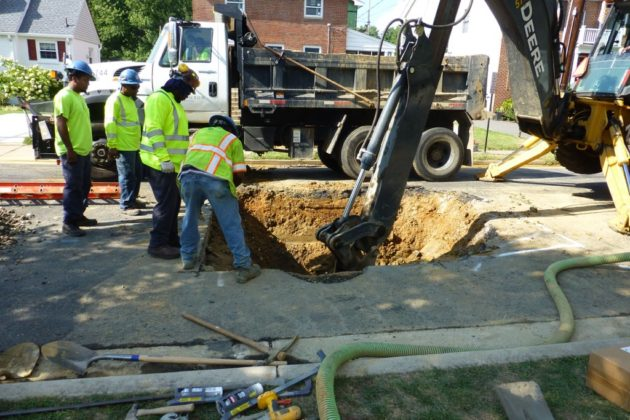 Water main break in Highland Park-Overlee Knolls (photo by Mark Hand)