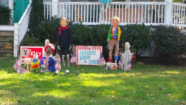 2016 election-themed Halloween display on Key Blvd (photo by Katie Pyzyk)
