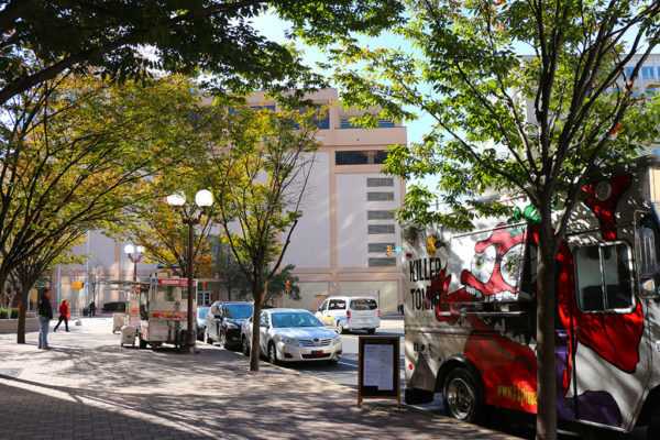 Food trucks near Ballston Mall