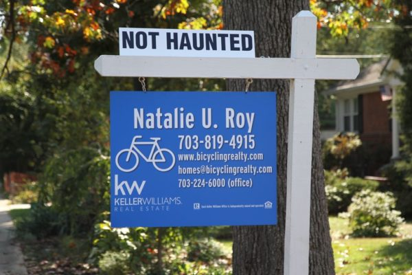 Halloween-themed real estate sign in Lyon Park