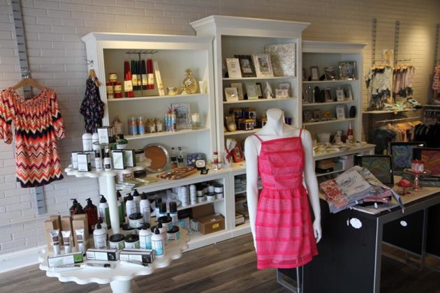 As well as clothing, Lemoncello offers a wide variety of gifts, including photo frames and beauty products