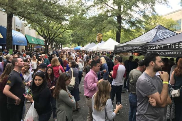 Crowd at the 2017 Shirlington Oktoberfest
