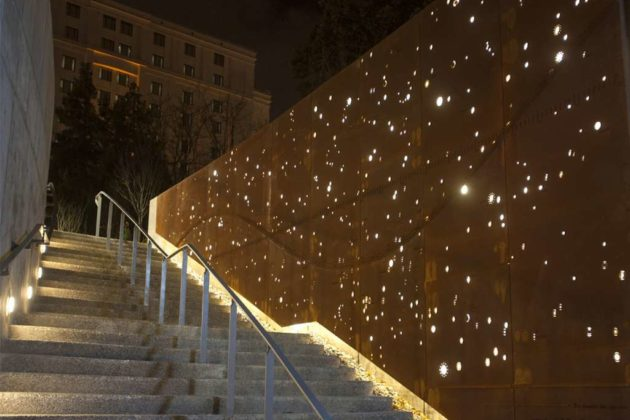 TELLUS: Stunning constellation wall