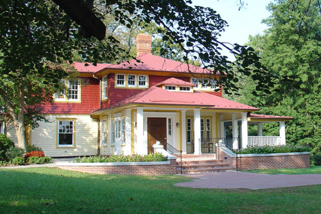 A view of Hendry House at Fort C.F. Smith Park (photo via Arlington County)