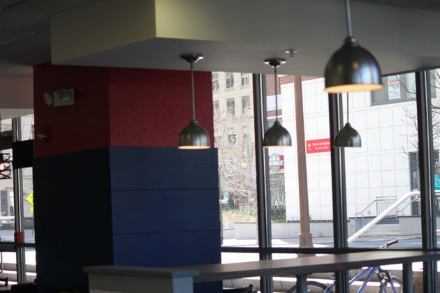 Interior and lighting at Badaro