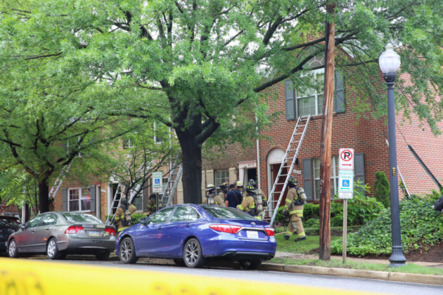 Columbia Forest townhouse fire (Flickr pool photo by TheBeltWalk)