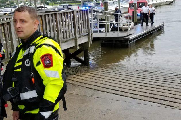 Water rescue at Columbia Island Marina (photo courtesy @ArlingtonVaFD)
