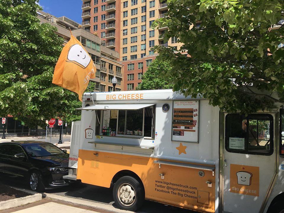 Food Trucks Branch Out into Arlington, VA Neighborhoods