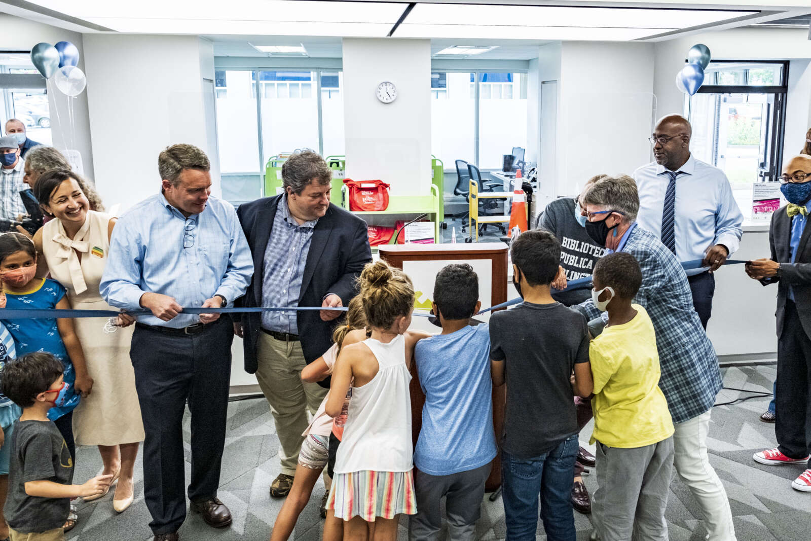 Newly Renovated Columbia Pike Library Reopens After 16 Months